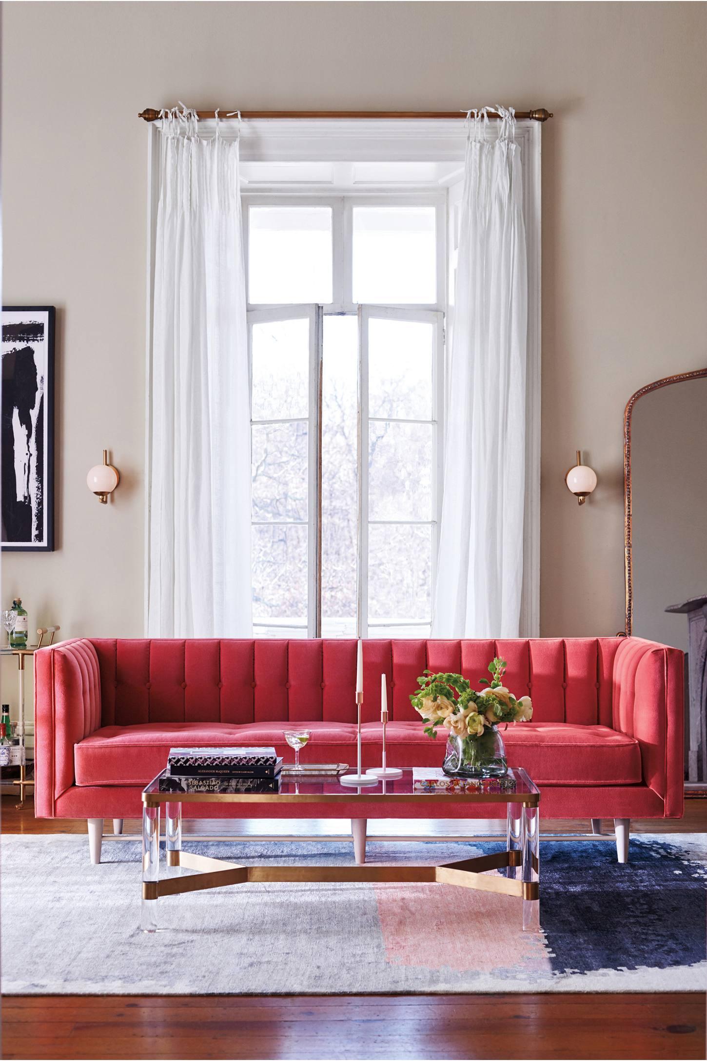 Essential Features when Choosing a Sofa